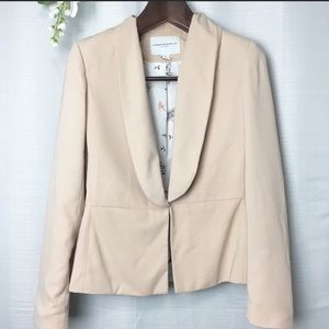 Kathrine Barclay• blush blazer• Small